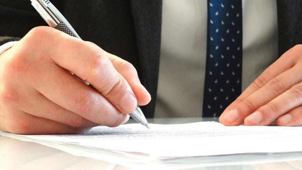 Les tâches essentielles d'un avocat